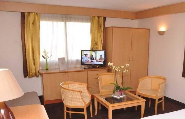 Promotel - Room - 8