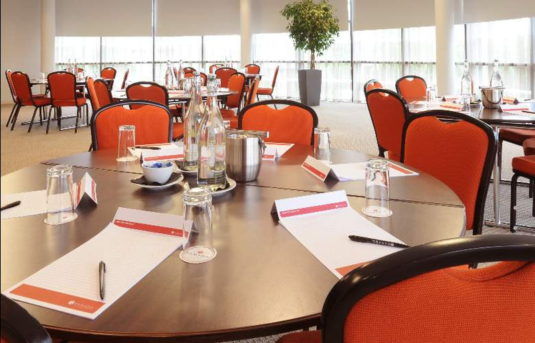 AC Hotel Manchester Salford Quays - Conference - 6