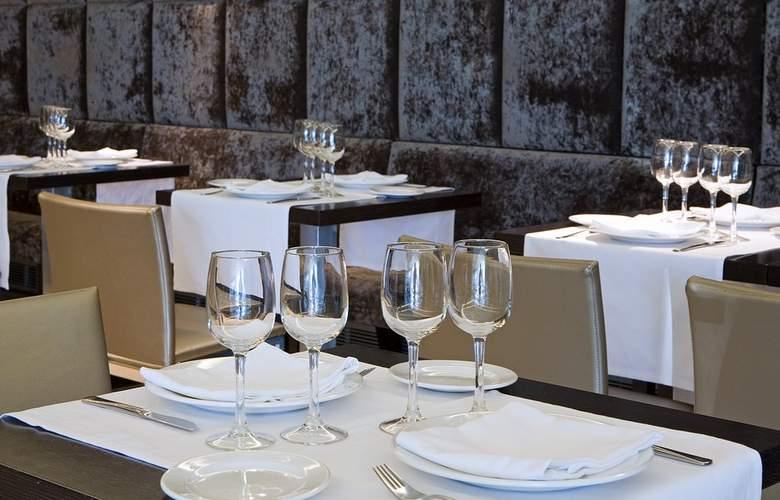 Zenit Pamplona - Restaurant - 5