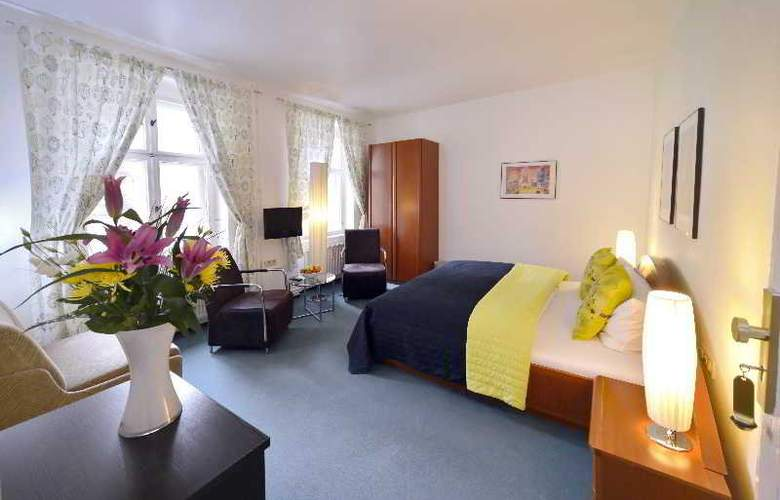 Old Town Hotel Greifswalder Strasse - Room - 5