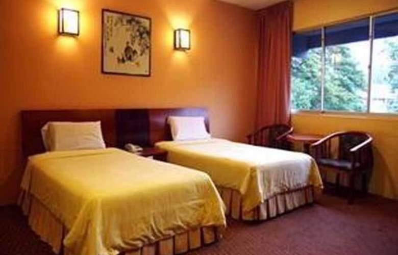 Hotel Waterfall Penang - Room - 10