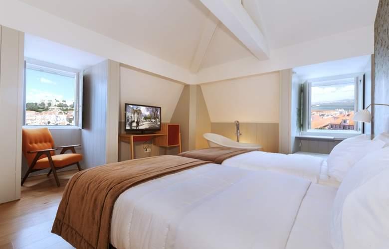 Lisboa Carmo - Room - 8
