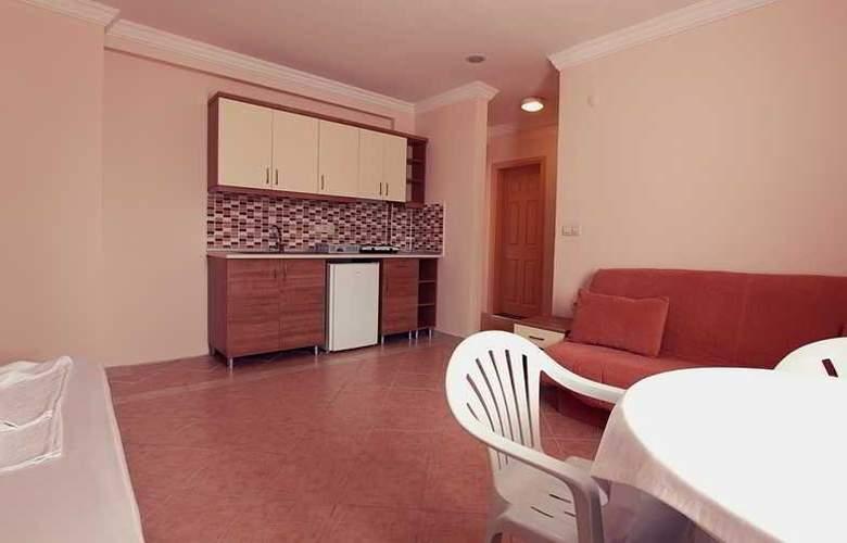 Cats Garden Studio & Apartments - Room - 1