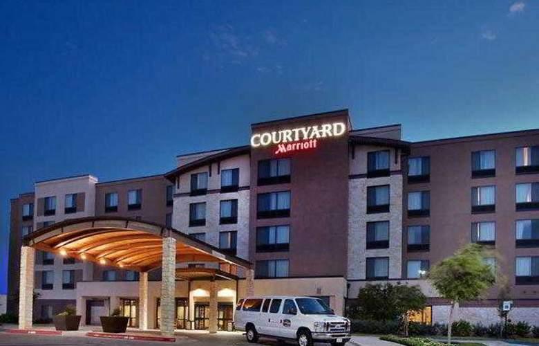 Courtyard Austin Airport - Hotel - 10