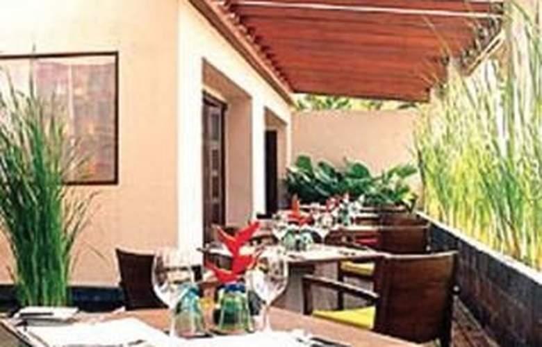 Chaweng Regent Beach Resort - Terrace - 11