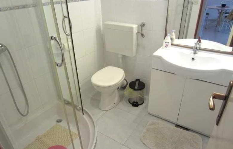Apartmani Kelam - Room - 11