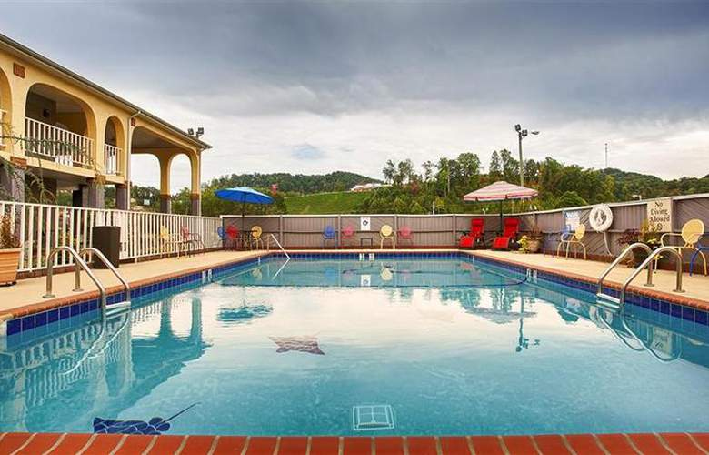 Best Western Corbin Inn - Pool - 127