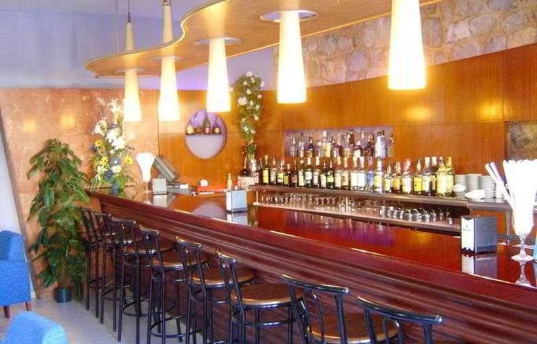 Bristol Residencia - Bar - 2