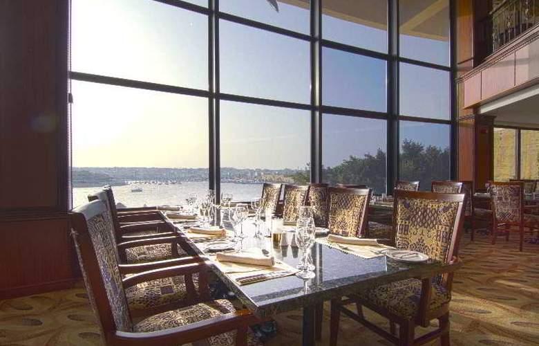 Grand Excelsior - Restaurant - 25