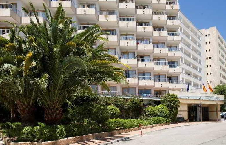 Ola Aparthotel Tomir - Hotel - 7