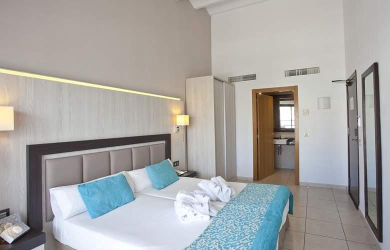 Fergus Style Bahamas - Room - 1