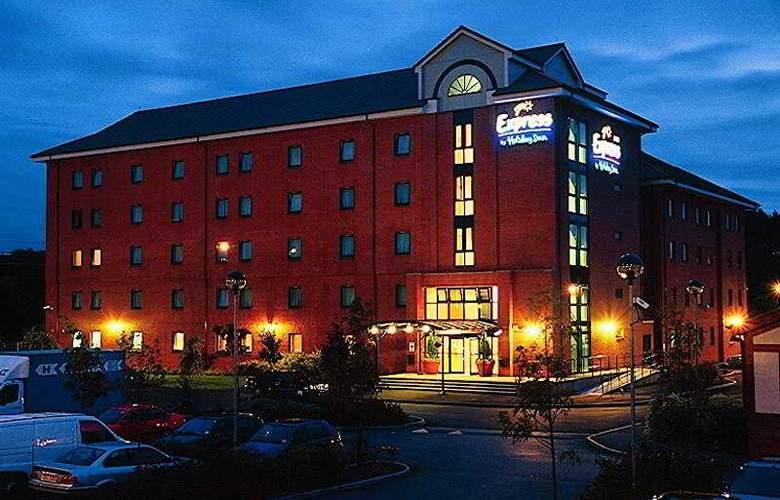 Holiday Inn  Express Birmingham Castle Bromwich - General - 1