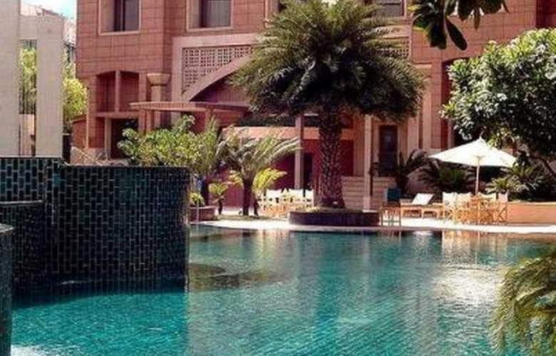 Radisson Blu Plaza Delhi - Pool - 6