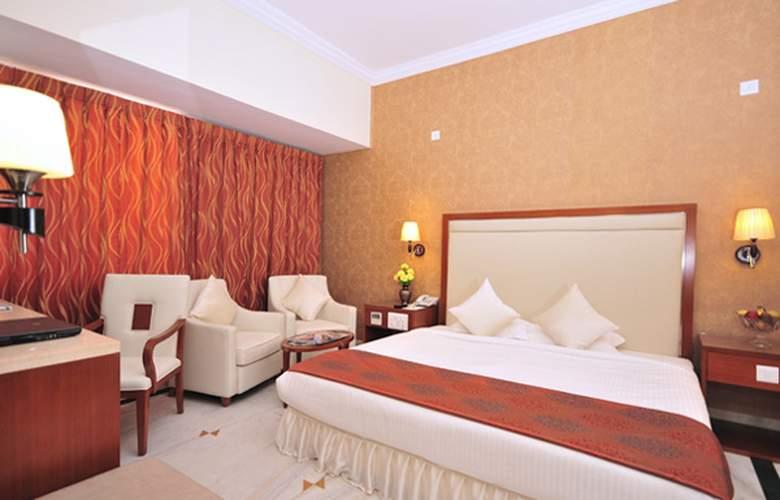 Paraag - Room - 5