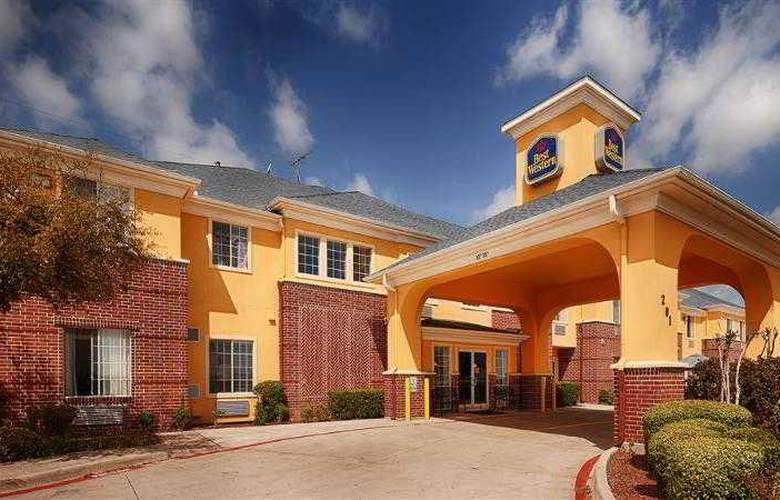Best Western Fort Worth Inn & Suites - Hotel - 44