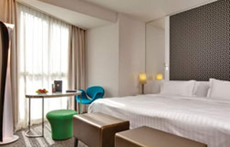La Villa Maillot - Room - 5