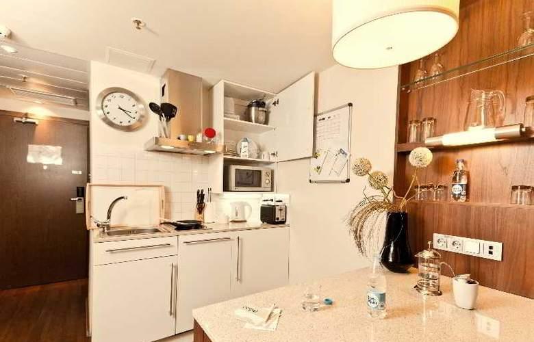 Staybridge Suites Moskovskye Vorota - Room - 10