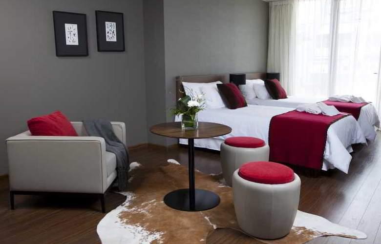 Aspen Square - Room - 6