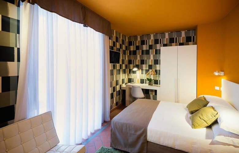 Palazzo Lorenzo - Room - 6