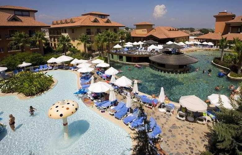 Club Grand Aqua - Pool - 8