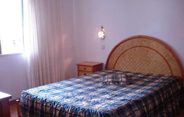 Turiquintas - Room - 12