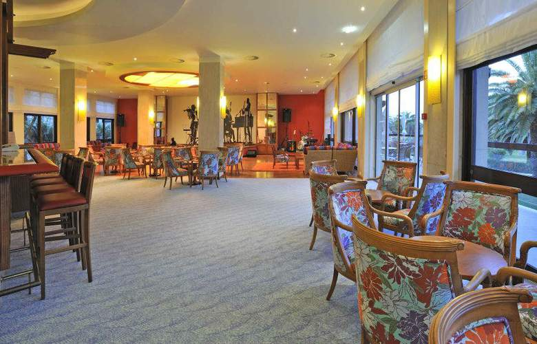 Pestana Dom Joao II Beach & Golf Resort - Bar - 4