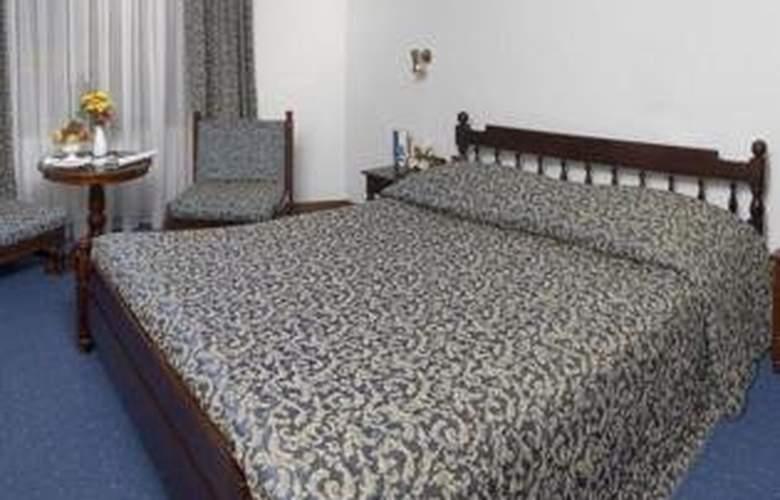 Continental Tirgu Mures - Room - 2