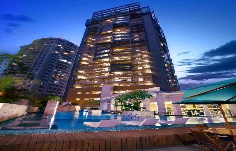 Grand Whiz Kelapa Gading - Hotel - 6