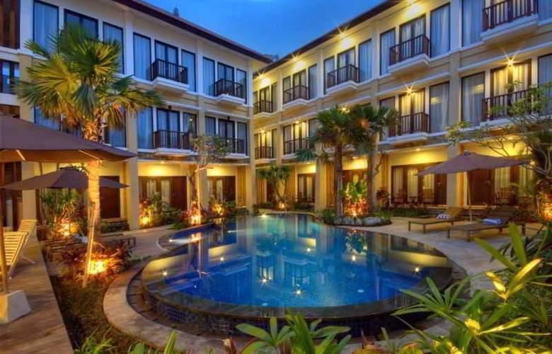 Celyn City Hotel - Pool - 11