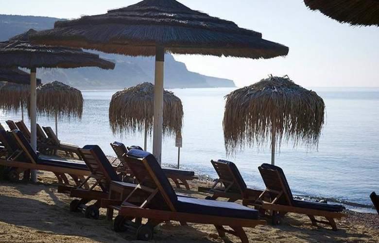 Columbia Beach Hotel - Hotel - 24