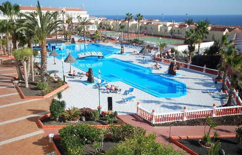 Globales Costa Tropical - Pool - 22