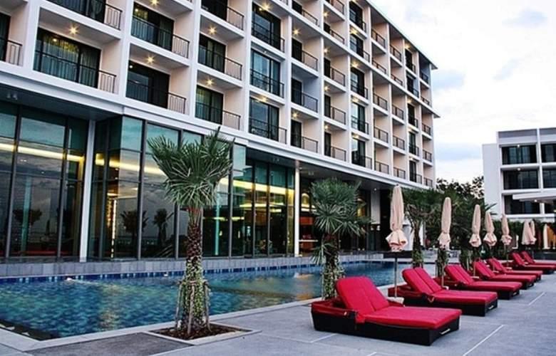 Way Hotel Pattaya - Pool - 8