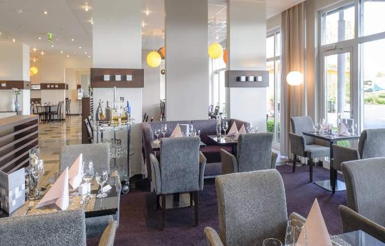 Park Inn by Radisson Kamen Unna - Restaurant - 44