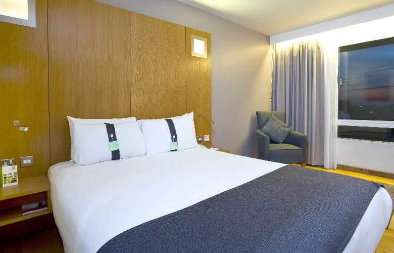 Holiday Inn London West - Room - 8
