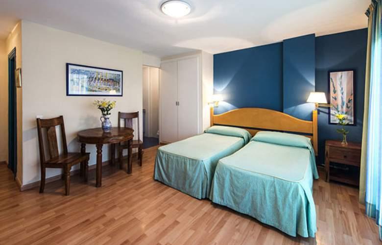 El Faro Inn - Room - 8