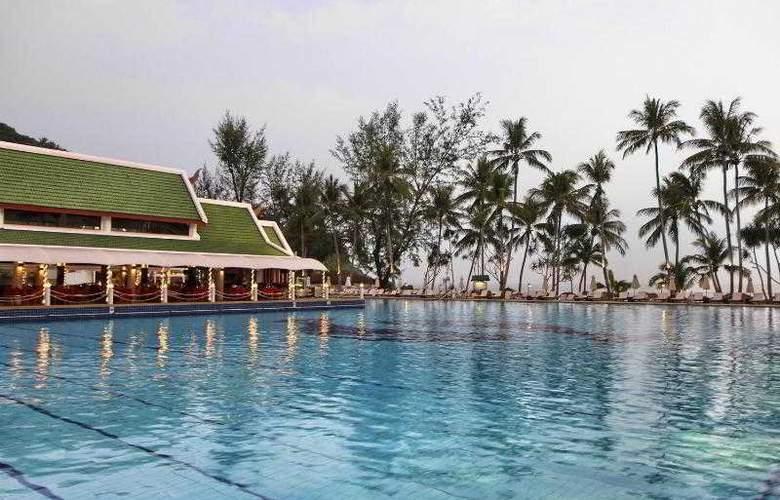 Le Meridien Phuket Beach Resort - Pool - 7