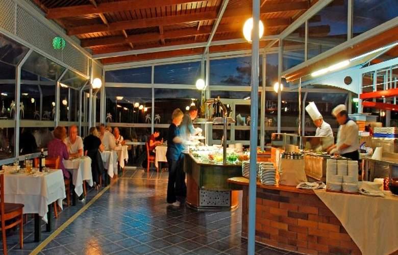 KN Matas Blancas - Restaurant - 8