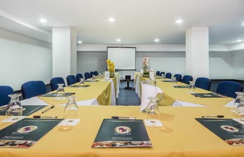 Egina Medellin - Conference - 34