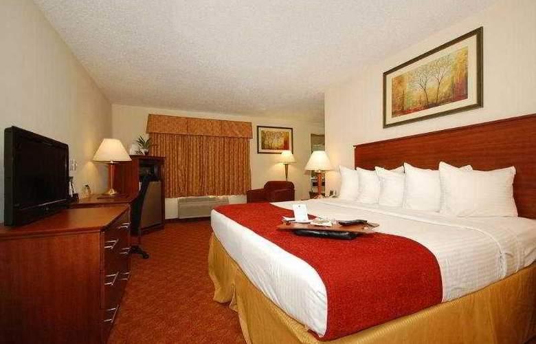 Best Western Plus Lakewood Inn - Room - 5