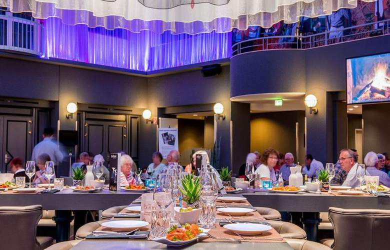 Radisson Blu Hotel Bremen - Restaurant - 21