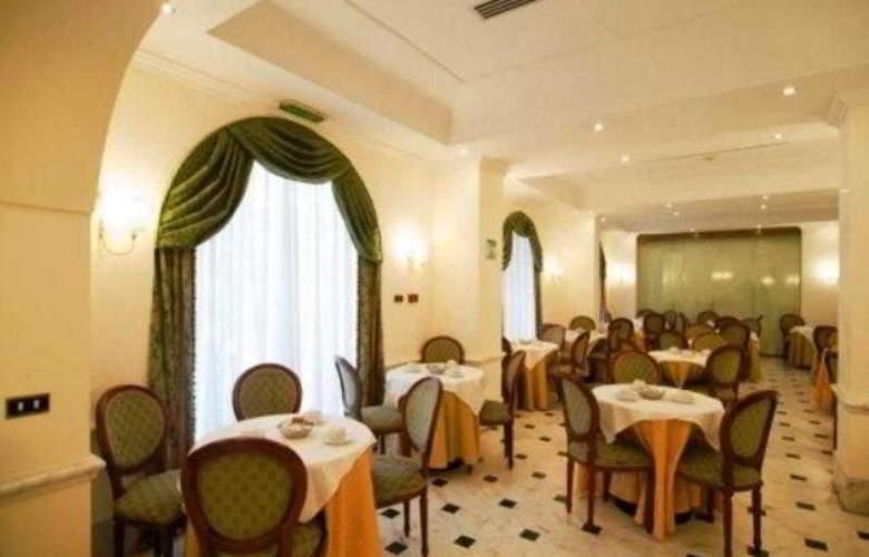 Albergo Archimede - Restaurant - 11