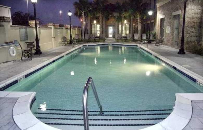Hampton Inn and Suites - Hotel - 10