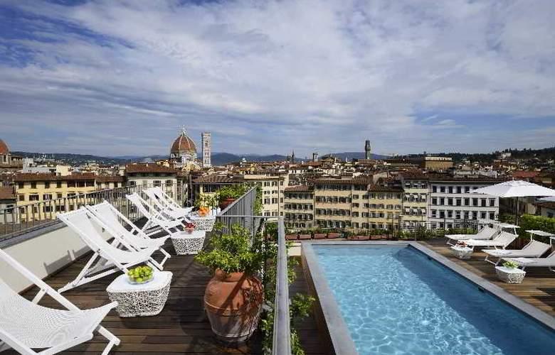 Grand Hotel Minerva - Pool - 22