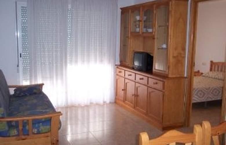 Apartamentos Ferran I - Room - 2