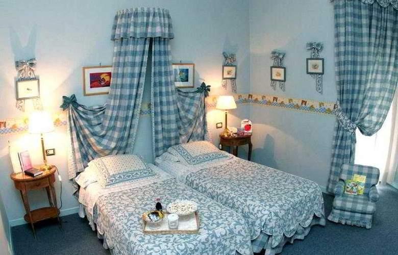 Palace Bari - Room - 3
