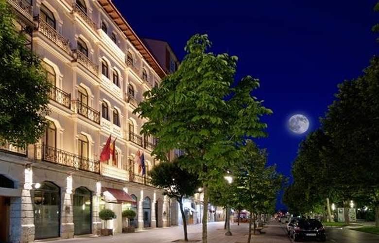 Meliá Recoletos - Hotel - 0