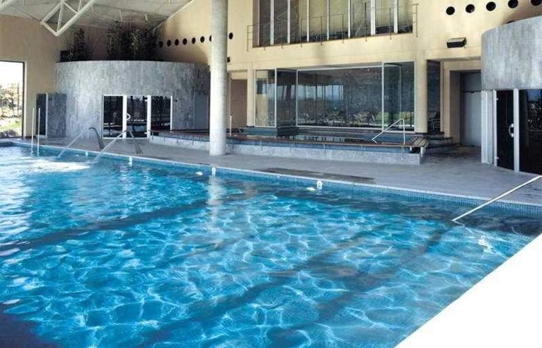 Torremirona Golf & Spa Resort - Pool - 5