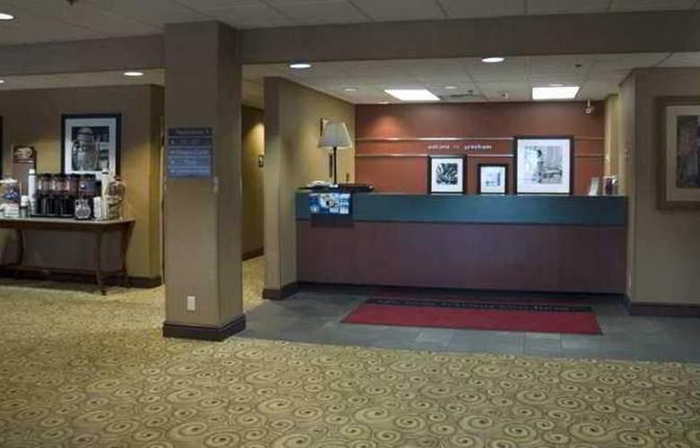 Hampton Inn Portland East - Hotel - 7