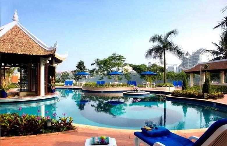 Sheraton Hanoi Hotel - Pool - 3