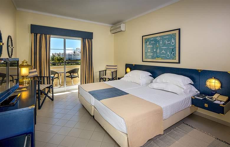 Vila Gale Nautico - Room - 1